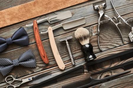 老式的理发师店工具