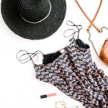 女性的衣服和配件