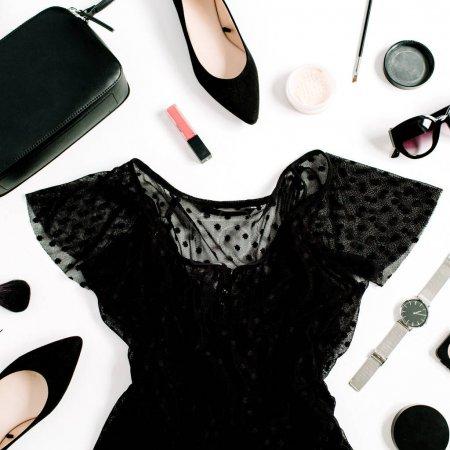 女人的衣服和配件