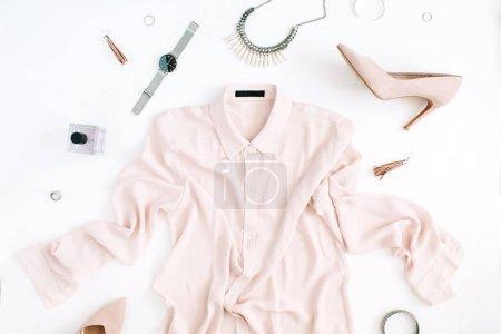 现代时尚女装和配件