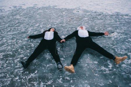 夫妇在西装的熊猫_高清图片_邑石网
