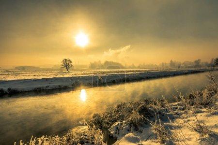 冬天河, 风景, 早晨太阳眩光在水中